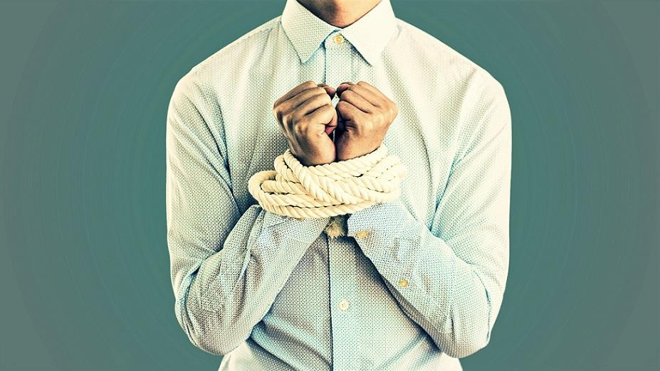 営業マンの不正が発覚することで科せられる罰則・処分